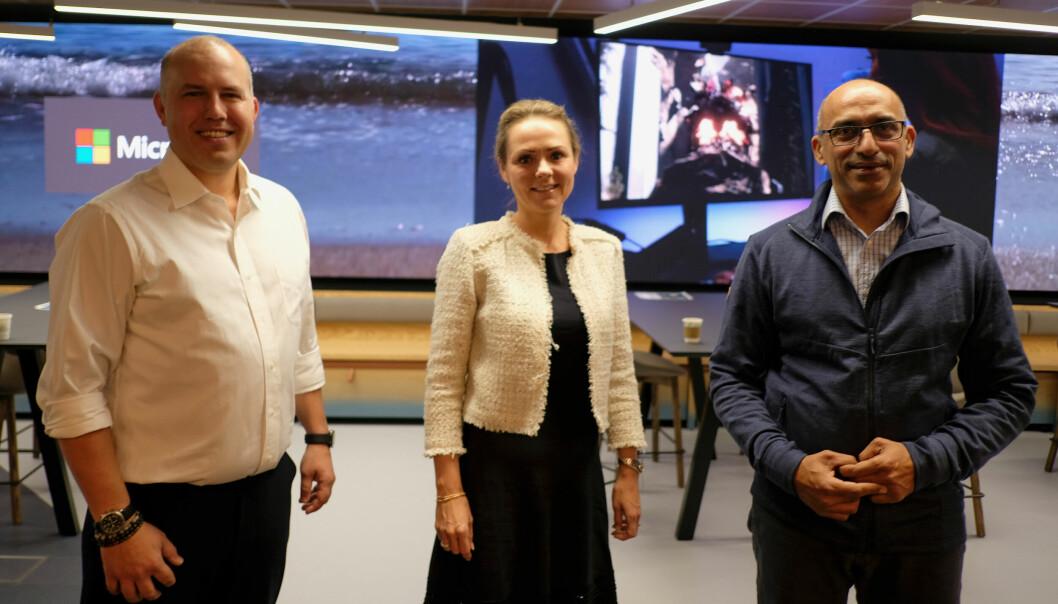 Christopher Frenning, direktør for datasenterstrategi i Microsoft Norge, Linda Hofstad Helleland, Distrikts- og digitaliseringsminister og Shahzad Rana, teknologidirektør i Microsoft Norge er alle glade for at datasenterindustrien vokser i Norge.